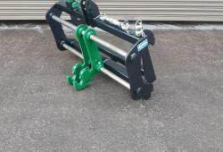 Merlo to lift 3 Point Linkage with Toe Hitch