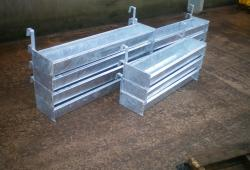 Hook On Troughs 4ft